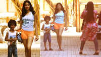Janhvi Kapoor poses with her cute little fan, mom becomes the photographer