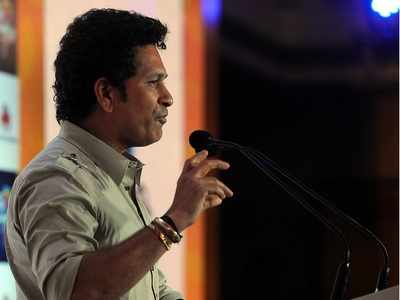 Sachin Tendulkar reveals how Viv Richard's phone call helped him come out of retirement thoughts in 2007