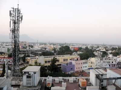 Vodafone customers across India report network outage