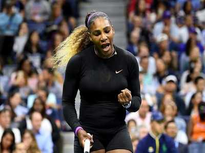 Serena Williams routs Maria Sharapova