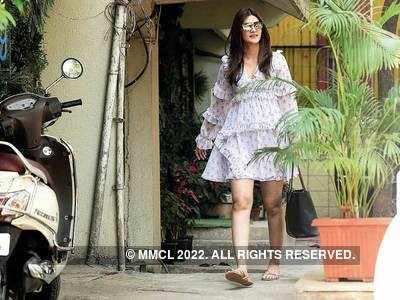 Before lockdown, Kriti Sanon spotted outside a salon in Juhu