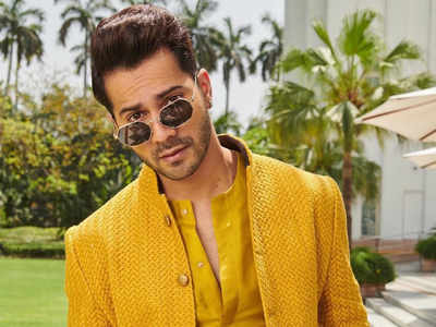 B-Town celebs wish Varun on his 32nd birthday
