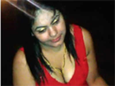 Drunken woman assaults cop, tries to flee on scooter