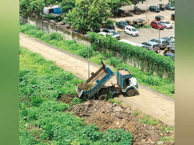 Juhu Aerodrome: The newest illegal dump yard in town
