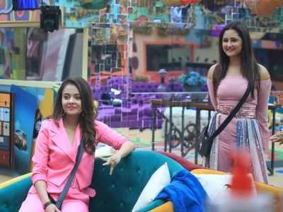 Bigg Boss 13: Rashami Desai, Devoleena Bhattacharjee re-enter the house