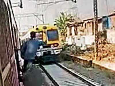 Mumbai: Killer stunts on local trains, selfies on tracks resume; RPF hunt on