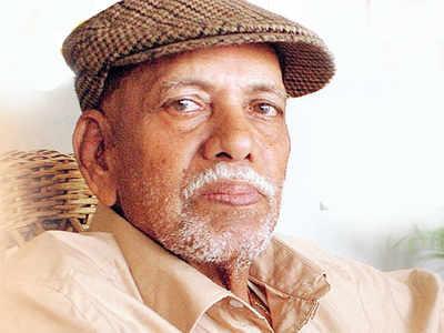 Achrekar sir has built the foundation on which I stand today, says Sachin Tendulkar