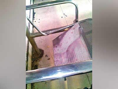 Commuters demand repairs at Swargate