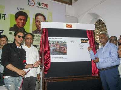 130 years of Bandra railway station: Shah Rukh Khan releases special postal cover