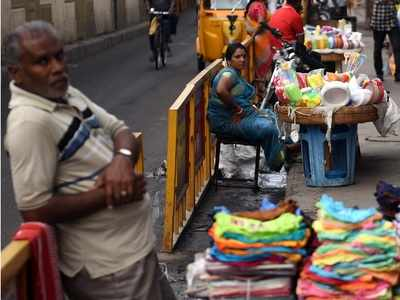 Thane Mayor Naresh Mhaske announces crackdown on hawkers on roads and footpaths