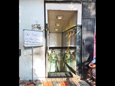 Cafe Toons owner, landlord in tussle