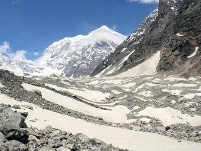 Snowfall decline reducing Himalayan glaciers' mass