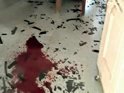Drunk Naroda man kills self in police stn