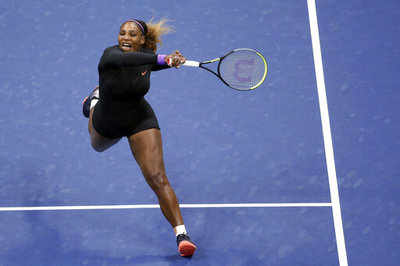 Serena Williams rolls into semis with 100th US Open win