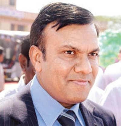 IAS officer takes plaint to CM