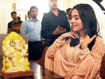 Amrita Rao launches campaign for eco-friendly Ganpati festival