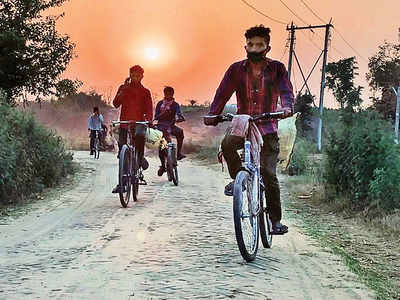 How seven daily wagers cycled 1,232 km home