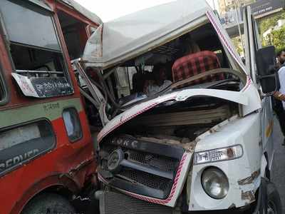 Bus accident in Vikhroli injures nine