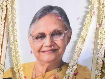 Milind Deora fumes as PC Chacko blames Sheila Dikshit for Congress downfall in Delhi