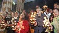 Watch: Anil Kapoor, David Dhawan take part in Ganga Aarti in Rishikesh