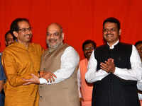 Seat-sharing pact for 2019 polls: Amit Shah meets Uddhav Thackeray; Shiv Sena to contest 23 seats, BJP 25