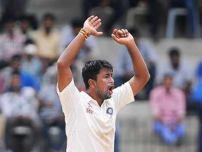 Indian left-arm spinner Pragyan Ojha announces retirement from international cricket