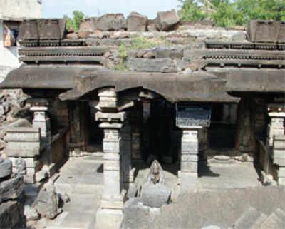 Solapur's Chalukyan era shrine to get back its lost shine