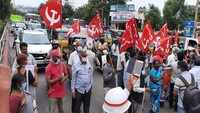 Visakhapatnam: CITU protests against alleged detention of farmers in New Delhi
