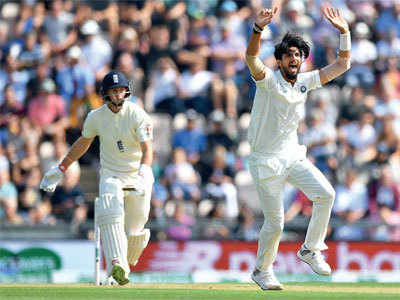 'Ishant should be an example for India'