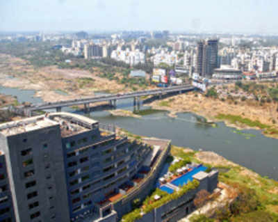 PMC riverfront project gets private consultant