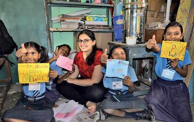 200 volunteers, 1 lucky school