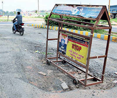 Bad roads will be fixed in a week: AMC