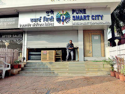 Seven workers sacked at Smart City project office