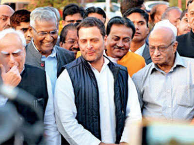 Rahul Gandhi leads United opposition to President's doorstep seeking independent judicial probe in Justice Loya's death
