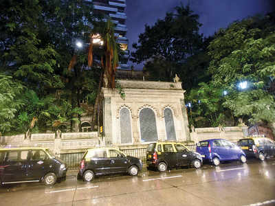 Prime Cuffe Parade bungalow up for grabs