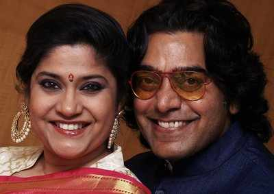 Valentine's Day special: Renuka Shahane and Ashutosh Rana's story is the dose of love you need