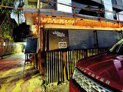 Cases against five Viman Nagar pubs over blaring music