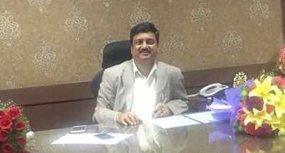 IAS officer BM Vijay Shankar,accused in IMA scam ends life