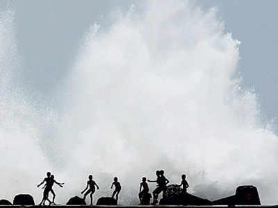 3L people evacuated in Odisha