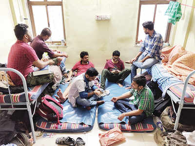 Squeezed eight to a room, resident docs seek life support; hospital deans asked to look for apartments outside their campuses