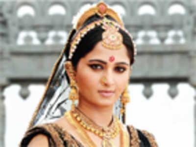 Movie Review: Rudhramadevi