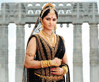 Movie Review: Rudhramadevi
