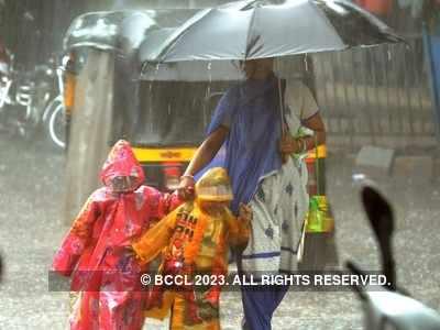 Mumbai rains latest updates: Incessant rains lash city and suburbs, IMD predicts heavy rainfall for next 48 hours