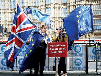 EU, Britain scramble to reach Brexit deal