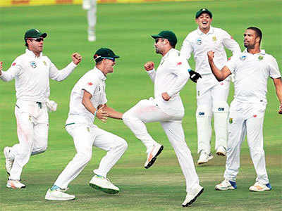 India vs South Africa, 1st Test: India suffer 72 run loss in Cape Town Test
