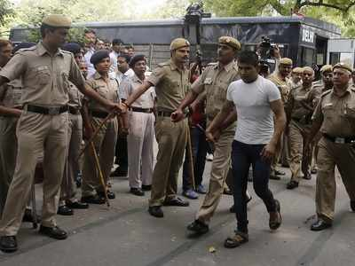 Nirbhaya case: Another death row convict Vinay Sharma files mercy plea before President