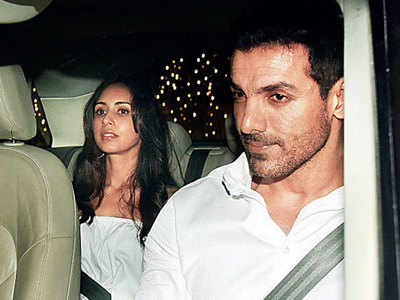 John Abraham parties with filmmaker-friends
