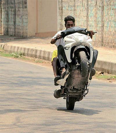 11 wheelie wonkers arrested