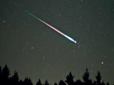 A sky full of shooting stars