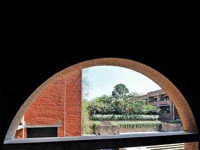 IIMA shows 'art' in 'engineering' diversity for 'commerce' of ideas